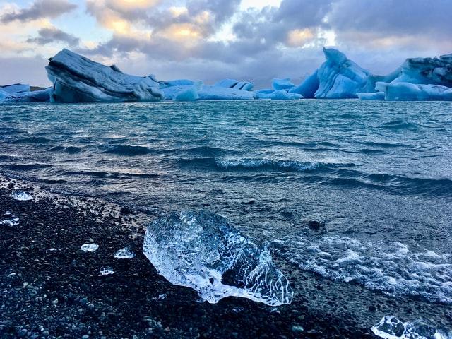 3 Gründe warum jeder Kaltwasser-Wintersurfen ausprobieren sollte